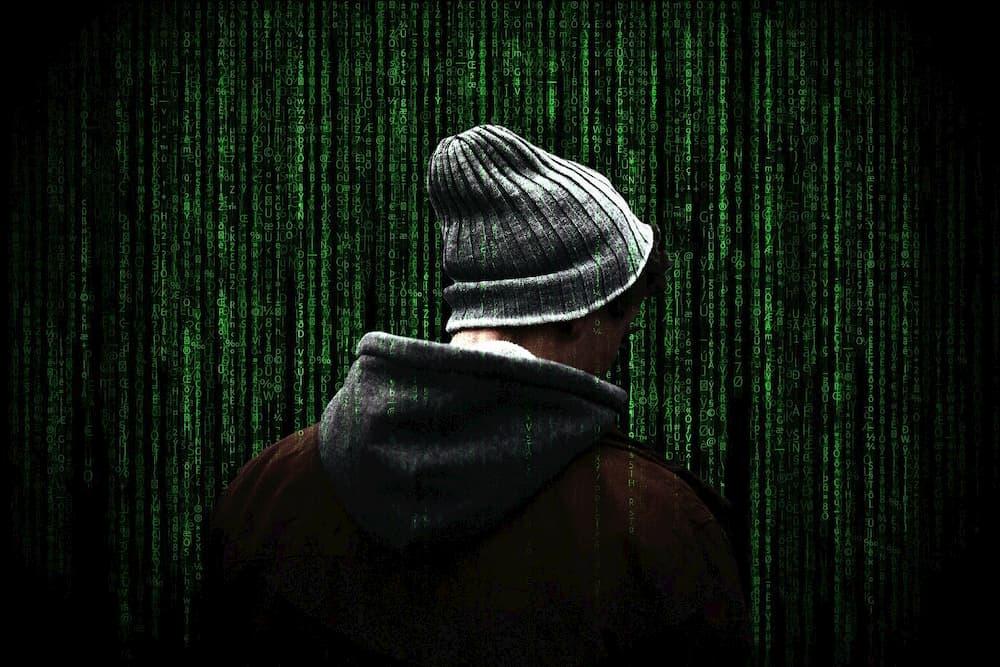 hacker thinking about file shredder alternative to iobit