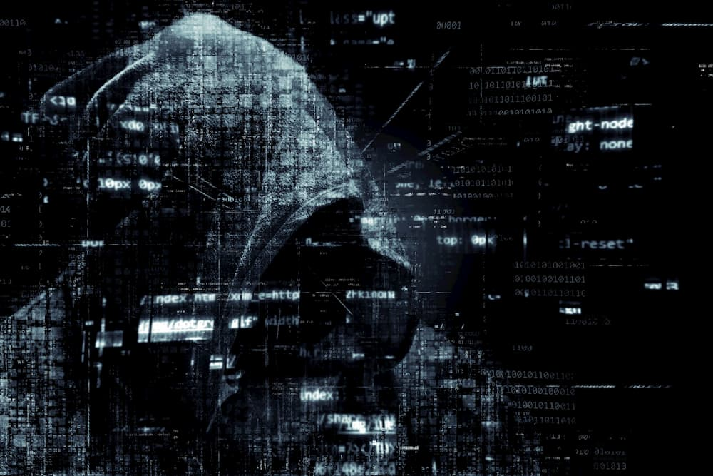 hacker hacking files using a lavasoft alternative